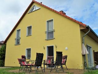 Glowe - Doppelferienhaus Sonnenstrand / ASM Ansicht Terrasse