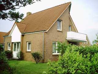 Komfortable Ferienwohnung am Ditzumer Sieltief, 45019 Haus