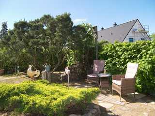 Gilgenast, Brigitte Sitzecke im Garten zur Nutzung