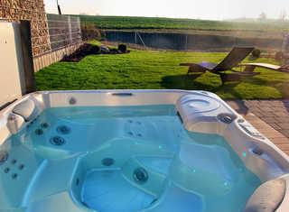 Luxus-Ferien-VILLA BENVENUTI Eigener Außenwhirlpool im Garten