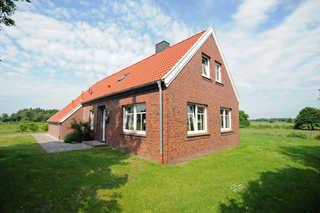Ferienhaus Adamla, 65319 Außenansicht Bild 1