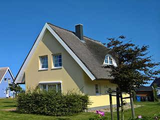 Ferienhaus To Hus Vieregge-Rügen Das Ferienhaus To Hus heißt Sie herzlich willko...
