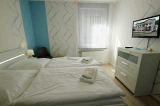 Ferienwohnung 218RB2, Villa Wilhelmshöhe kombinierter Wohn- und Schlafbereich