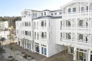 H: Seepark Sellin-Haus Göhren Whg 550 Penthouse mit Balkon Außenansicht