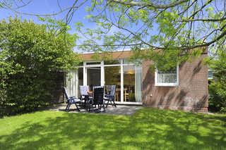 Ferienhaus Koje Terrasse und Garten