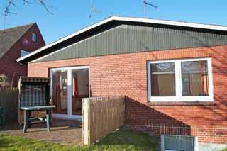 Halligweg 3a, Haus Kerstin Hausbild mit Terrasse