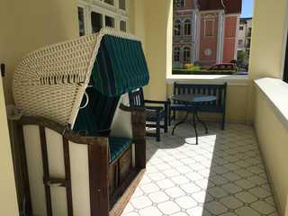 Villa Caprivi, Whg. 5, Apartmentvermietung Sass Balkon mit Strandkorb
