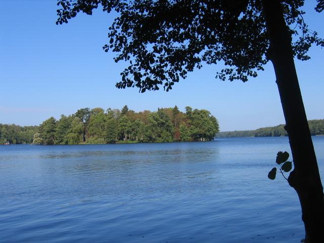 Der See mit der Insel