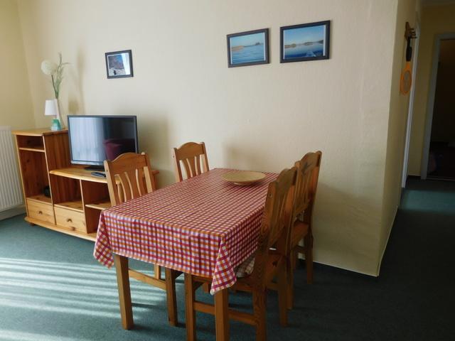 Beispiel Wohnzimmer Essecke für 4 Personen