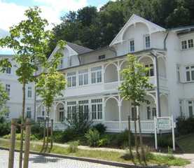 Stilvolle Villa in Binz zwischen Meer und Schmachter See Außenansicht Villa Amanda