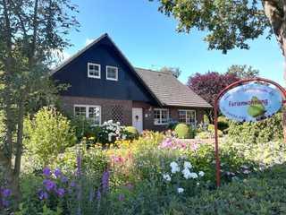 Ferienwohnung Gartentraum Friesland Varel Altjührden Straßenansicht