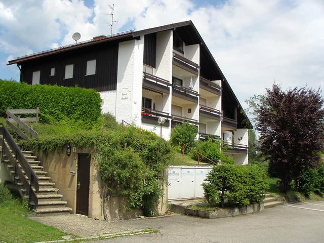Haus Aurikel - Der 2. Balkon vom Giebel nach unten