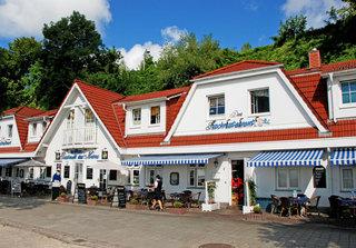 DEB 028 Hotel am Hafen mit Meerblick Außenansicht
