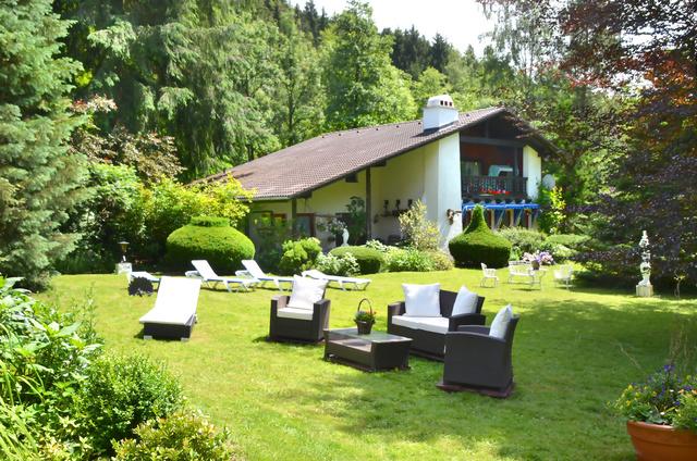 Landhaus Helmboldt Garten