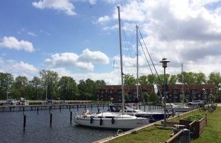 Schöne Ferienwohnung an der Ostsee mit Blick auf Yachthafen Umgebung