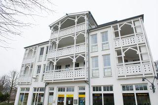 H: Seepark Sellin - Haus Südperd Whg 721 Südostbalkon Außenansicht