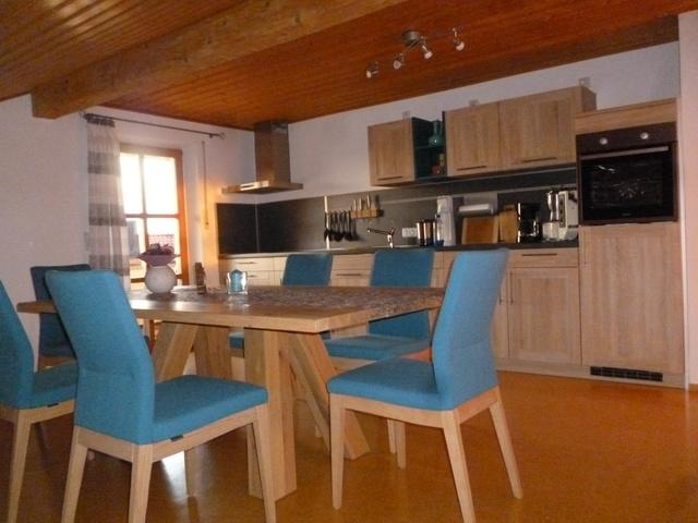 Küche Maisonette Korkb.u Fußbodenheizung.