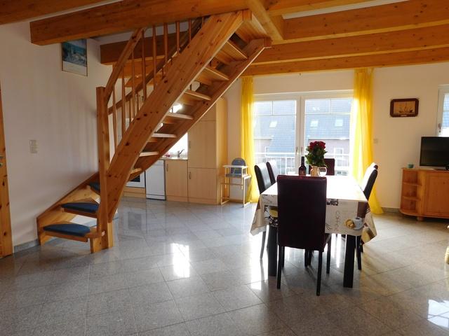 Esbereich im Obergeschoss rechts
