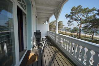 Ferienwohnung Villa Strandburg 08 im Ostseebad Binz, Rügen Balkon zur Strandpromenade