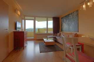 Apartment 551