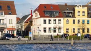 Ferienwohnung Yachthafen Ansicht vom Wasser
