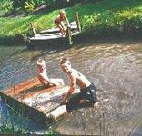 Als Kapitän auf unserem Wassergraben