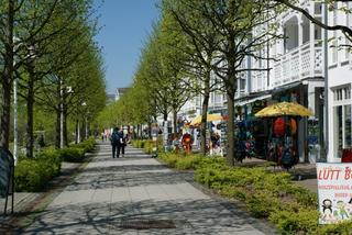 Ferienwohnung Seepark im 1.OG mit Balkon Seeparkpromenade