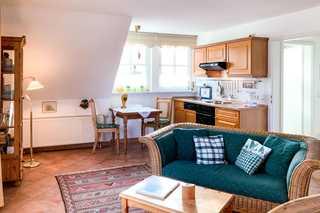 Windflüchter 3 Ferienwohnung Küchen-und Essbereich im Landhausstil