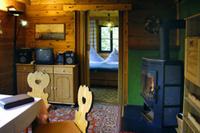 Ferienhaus Scharfenstein Blick von der Stube ins Schlafzimmer