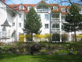 Wohnpark Binz (mit Hallenbad) Innenhof