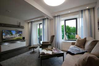 Ferienwohnung 110RB21, Haus Granitz Wohnbereich mit Zugang zum Balkon