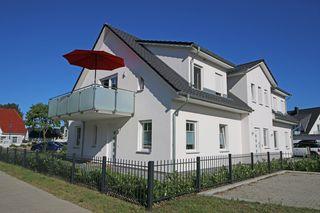 F : Haus Möwe Whg. 02 mit Balkon & Terrasse/Thiessow Objektansicht