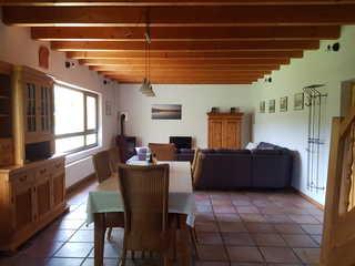 Ferienwohnungen am Nonnenbach Großer Wohn- und Essbereich im OG - Wohnung 2