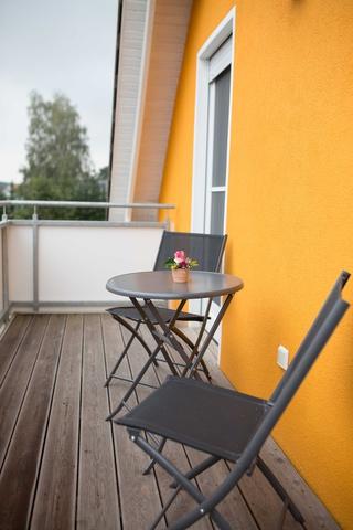Auf dem Balkon kann der Abend ausklingen
