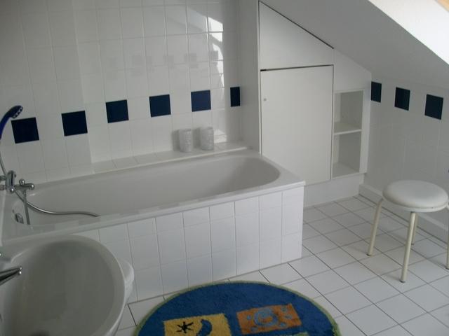 "Badezimmer oben ""Wattwurm"""