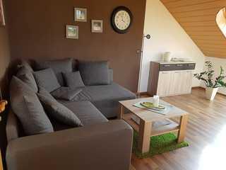 Ferienwohnung Hahn, 95129 Wohnbereich