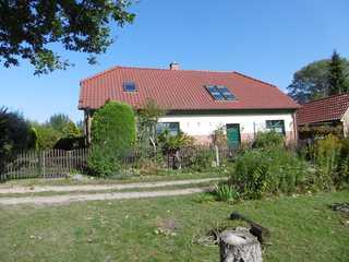 Rügen-Fewo 43 Haus des Vermieters mit der Ferienwohnung auf d...