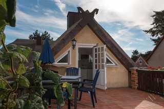 Ferienwohnung im Reetdachhaus Außenansicht
