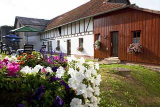 Ferienwohnungen Elsbacher Hof Außenansicht