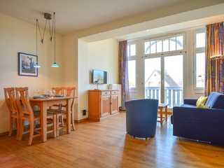 Fr.-Borgwardt-Straße 29 Whg. Kuehl10 . Das Wohnzimmer mit Essecke