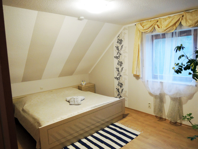 Doppelbett-Schlafzimmer Wohnung I