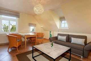 Ferienwohnung 3RB8, Villa Malepartus Wohnen