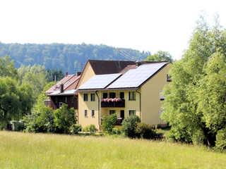 Ferienwohnung am Bach Haus Bachseite rechts