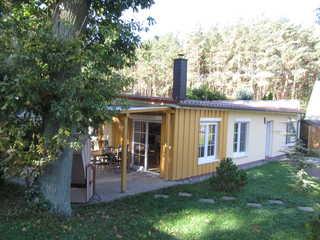 Zinnowitz Kiefernweg 6b Ferienhaus Kiefernidyll Blick auf das Ferienhaus