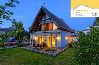 Karlshagen - Lotsenstieg 03 (5*) Gartenansicht des Strandhauses
