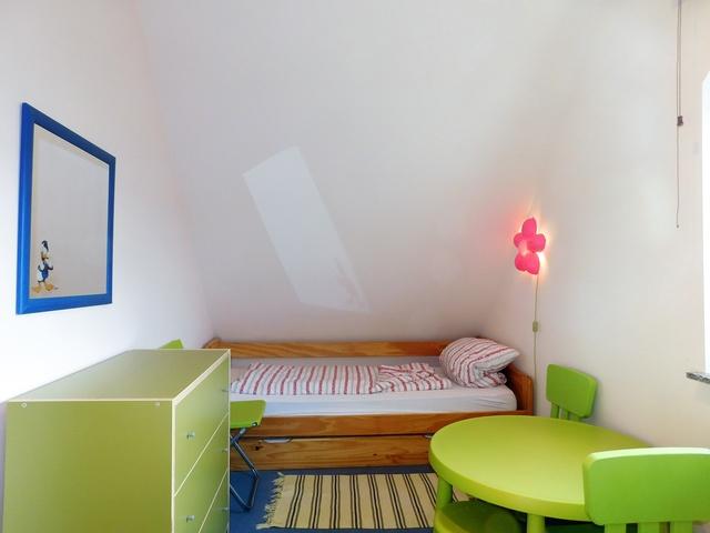 Kinderzimmer im Obergeschoss links