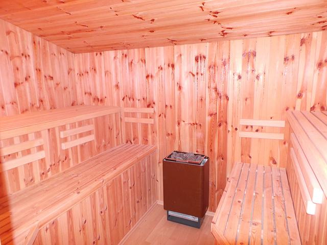 Die Sauna angrenzend zum Bad im OG (6 Pers. mögl.)