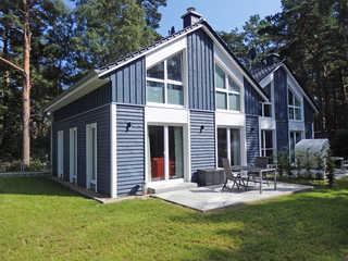 F: Strandhaus Traumland mit Terrasse Außenansicht