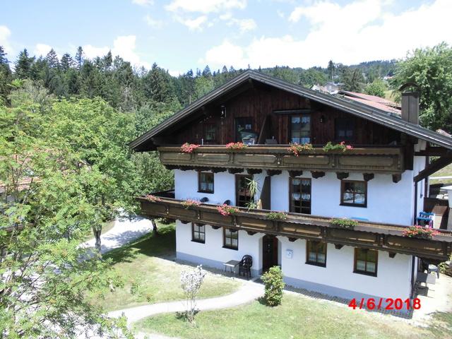 Top Ferienwohnung Passau Bayrischer Wald Pool und Sauna