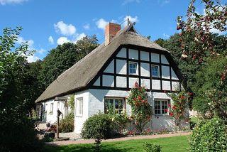Rügen-Fewo 266 Haus und Grundstück